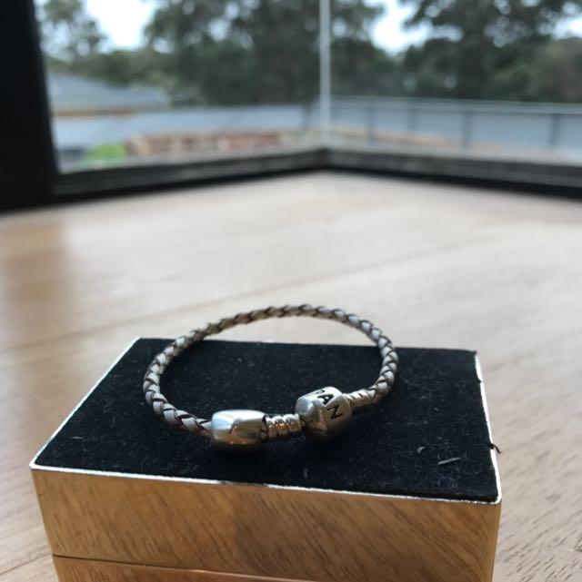 Pandora Bracelet With Heart Charm