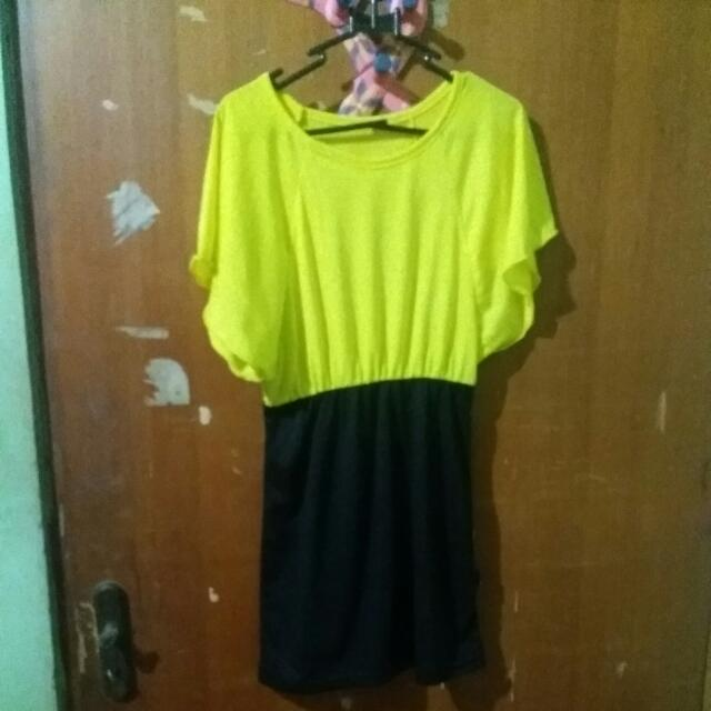 Preloved Dress Yellow Kelelawar