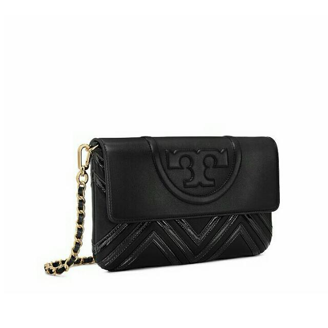 8025aaca78dd Ready authentic ori TORYBURCH fleming geo-leather clutch