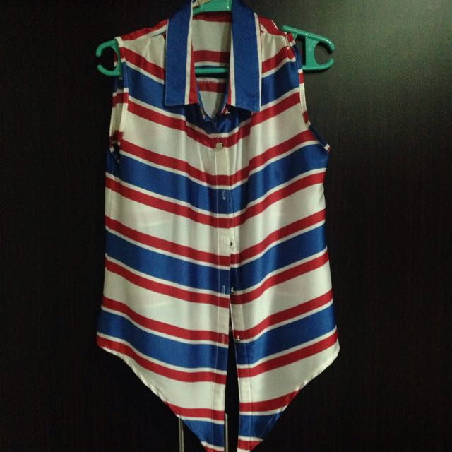 Stripes Sleeveless Blouse