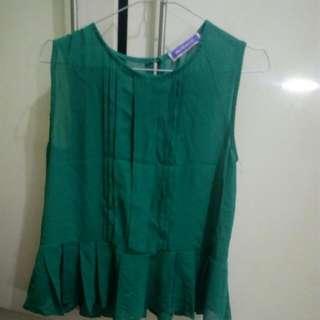 Blouse hijau Merk Monacco - local brand