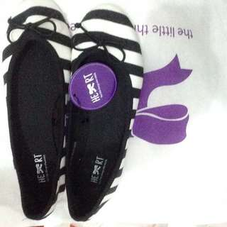 TLTSN Flatshoes. (reprice)