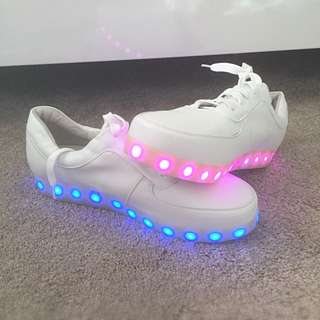 Colour Changing Shoe