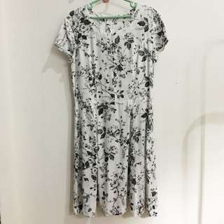 H&m Hnm Floral White Dress