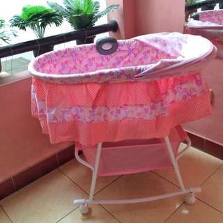 ulset tempat tidur bayi / box bayi PLIKO