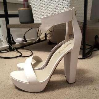 🍑 Rrp $80 NEVER WORN Lipstick White Heels || Size 9