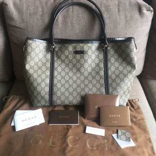 100% Authentic Gucci Leather Handbag