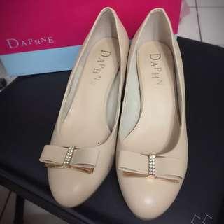 再降))達芙妮Daphne 裸色高跟鞋 真皮 膚色 25號 40號