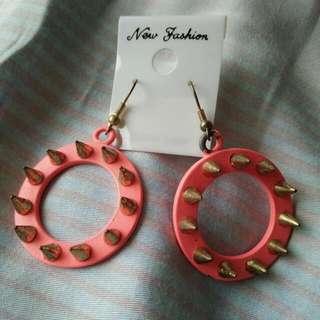 全新 龐克帥氣 粉紅圓形耳環
