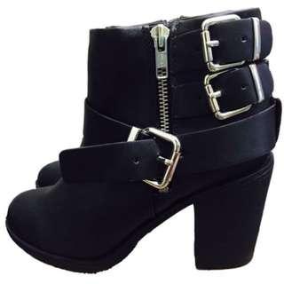 H&M 機車靴    踝靴 麂皮皮革短靴 超實搭 靴子 率性   個性款