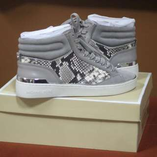 [NEW] Michael Kors Kylie High Top Size 9