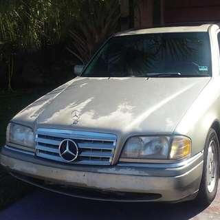 Mercedes-Benz 1996 c220