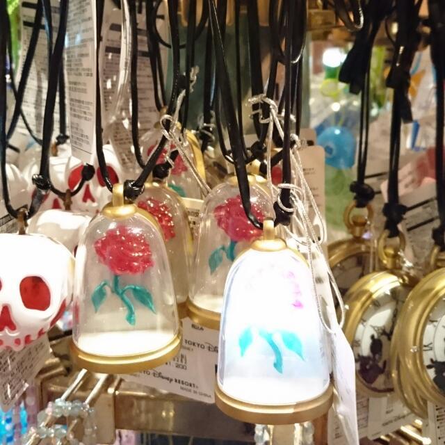 夏趴。日本迪士尼樂園限定 【 美女與野獸】造型項鍊(會發光喔🌌)