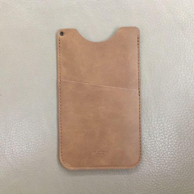 🆕 直竪式皮革手機套 (淺棕色)