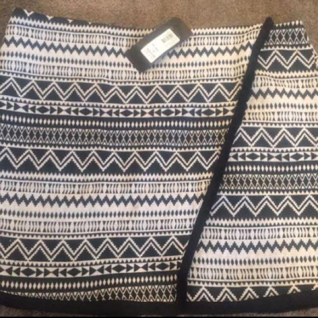 Aztec Skirt BNWT Size 14
