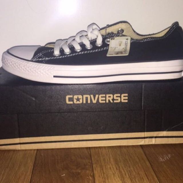 Black And White Low cut Converse