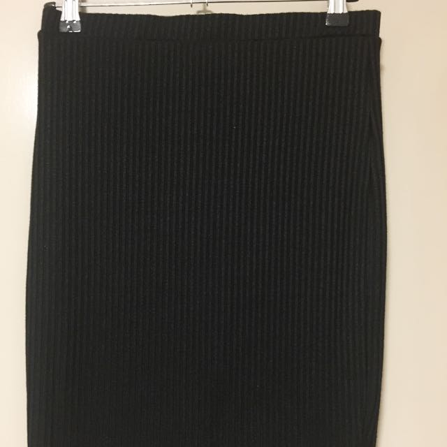 Black High Waist Knitted Skirt