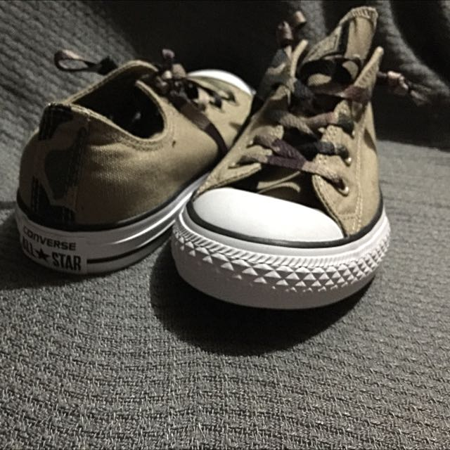 Converse Army Style Sneaker