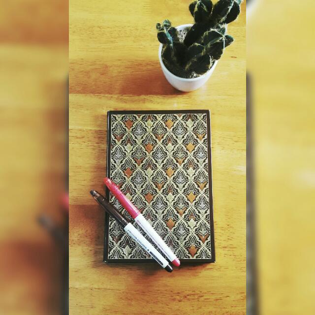 Gold Foil Patterned Lined Notebook