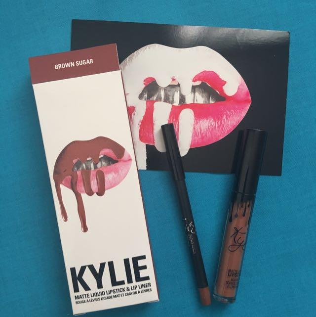 KYLIE Lip Kit 💋 Brown Sugar