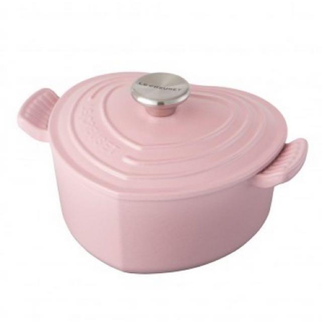 🎉🎉🎉歡慶聖誕LC法國製 毆洲帶回粉紅限量愛心鍋