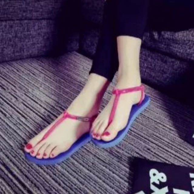 Ready Stock -- Sandal