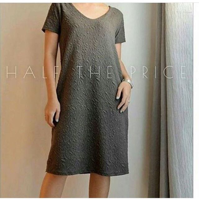 ‼️[SALE] HTP Gray Vneck Dress