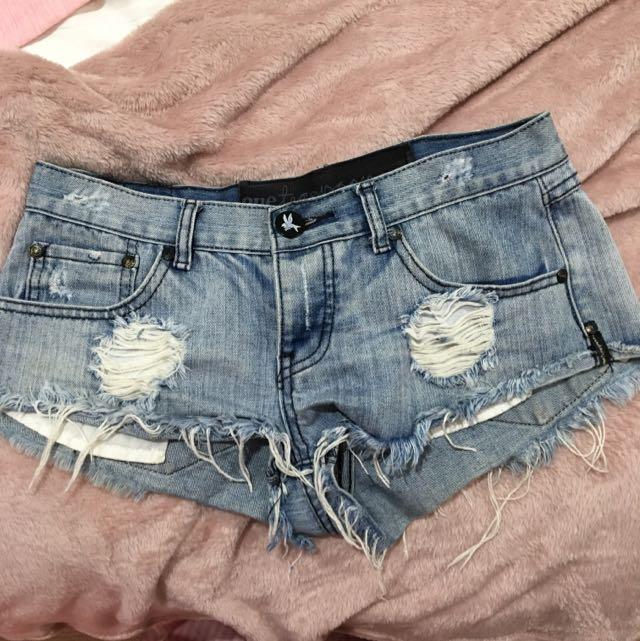 Size 8 One Tea Spoon Shorts