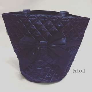 「s.Luu」現貨:泰國曼谷包NaRaYa 深灰藍色蝴蝶結側肩包