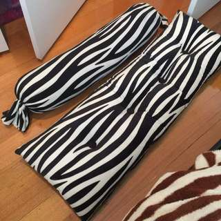 Set Of Zebra Design Long Cushion N Body Pillow