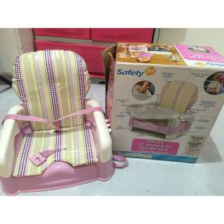 Safety 1st Deluxe Sit, Snack & Go Booster Seat