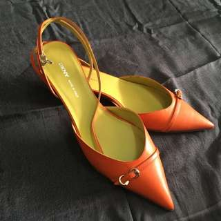 DKNY Low Heel Red Orange Shoes Size 37 Real