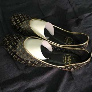 Mywansa Flats Size 37 Black And Gold See Through