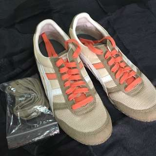 Onitsuka Tiger Size 38 Running Shoes