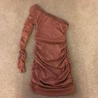 Off The Shoulder/one Shoulder Brown Dress