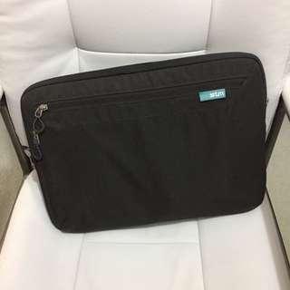 STM 13.3 Inch Laptop Bag