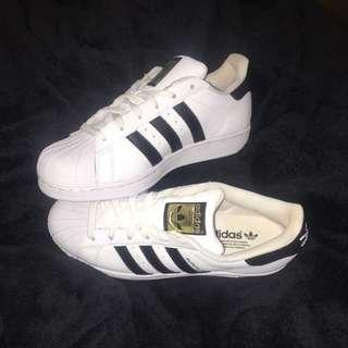 Adidas Originals Superstar Size 4