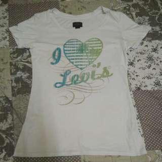levis  tshirt original