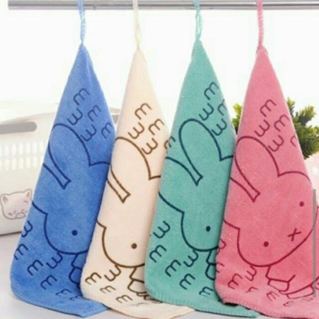 全新超纖細吸水小方巾/可掛式擦手巾~三條入