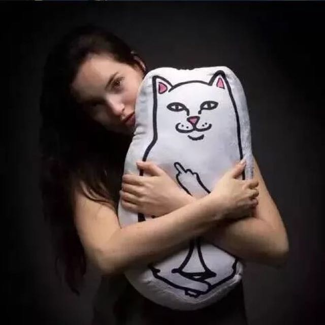 賤賤貓 中指貓抱枕靠墊