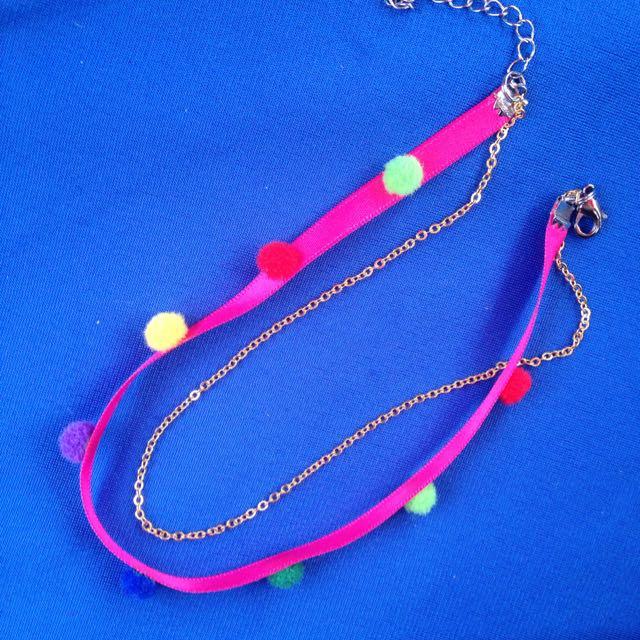 頸鍊 粉紅色緞帶