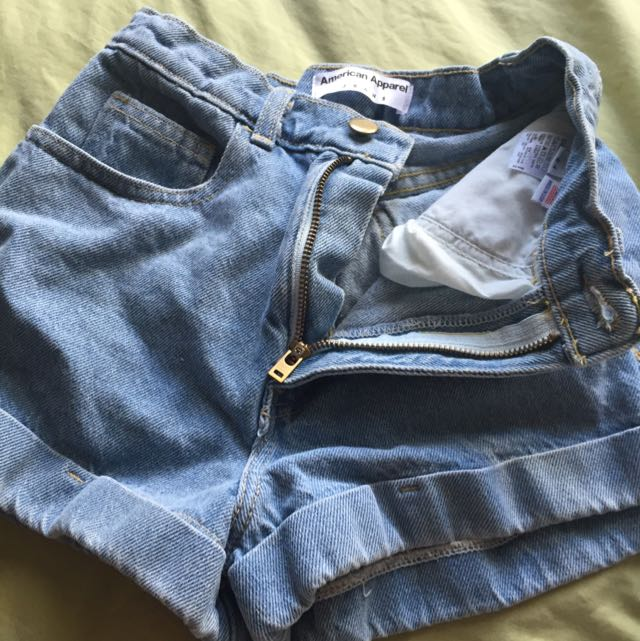 AMERICAN APPERAL HIGH WASTED JEAN SHORTS Size 2