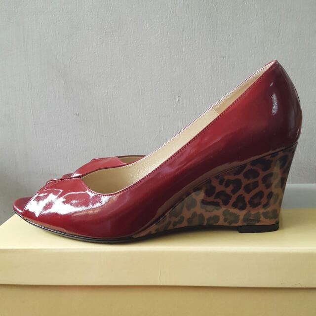 台灣製ASO阿瘦 酒紅漆皮豹紋楔形高跟鞋