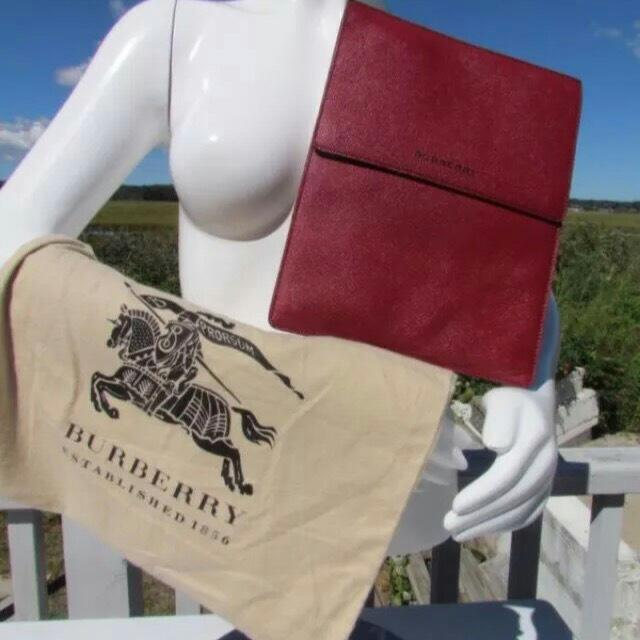 Burberry Ipad Cherry Sleeve