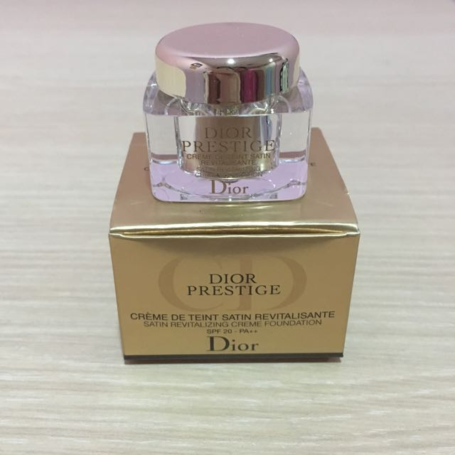 Dior Satin Foundation Sample