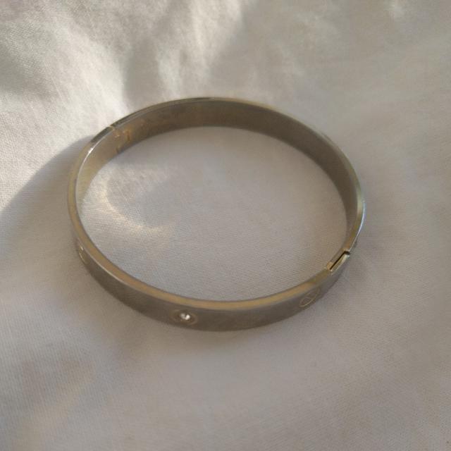 Fake Cartier Bracelet