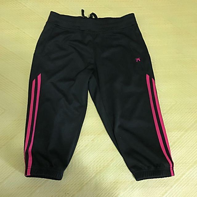 黑色運動褲M