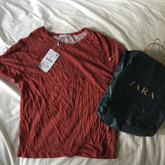 NEW Zara T-Shirt