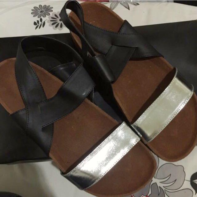 Platform Sandals (JUAL CEPAT)