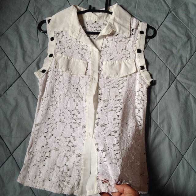 Preloved White Slevless